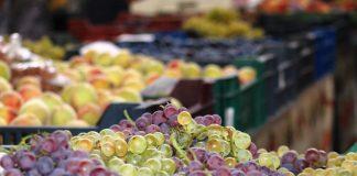 Már a piacokon a friss hazai csemegeszőlő