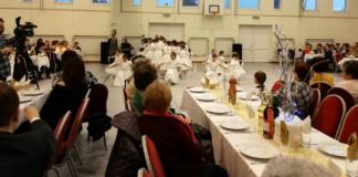 Meghitt pillanatok a nyugdíjas közszolgálati dolgozók karácsonyi ünnepségén