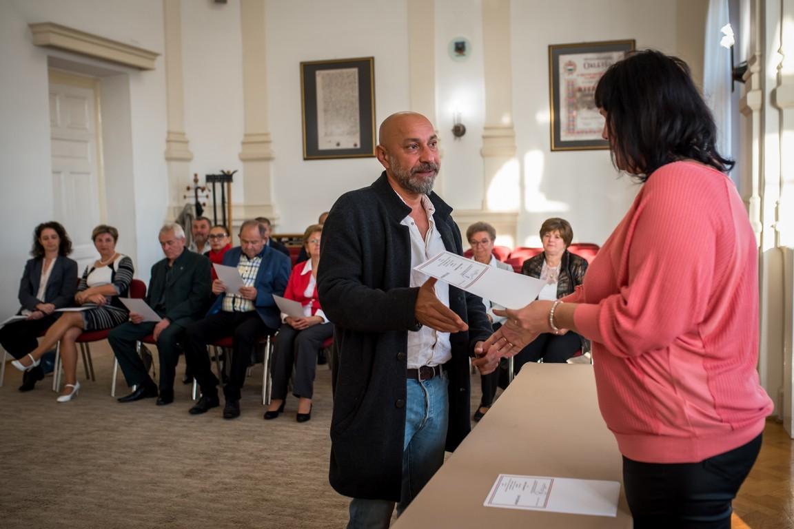 Továbbra is a Kunhegyesi család vezeti a Roma Nemzetiségi Önkormányzatot Kiskőrösön