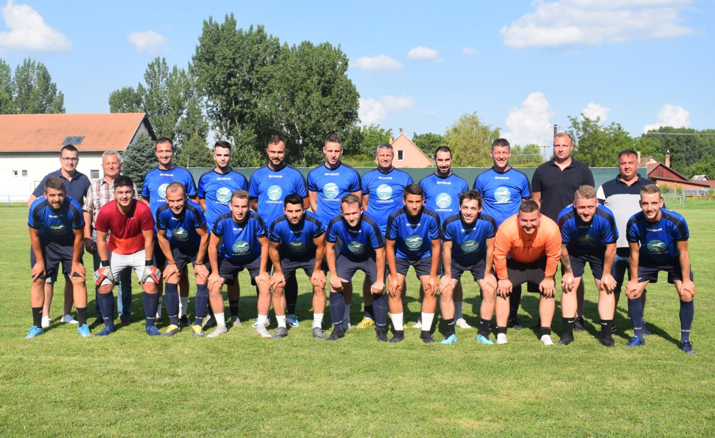 Új edző és hét érkező játékos Akasztón
