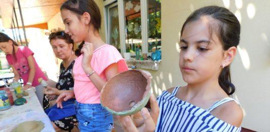 Fazekas alkotótábor a kiskőrösi játszóházban
