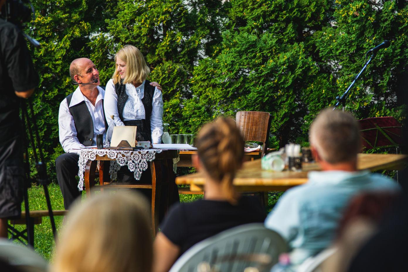 Nagy sikert aratott a Petőfi és Szendrey Júlia szerelméről szóló versszínház Kiskőrösön
