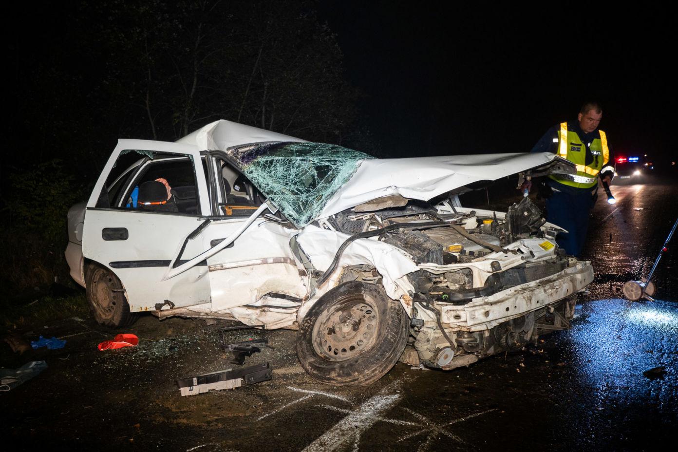 Halálos baleset Bócsa és Jakabszállás között – Helyszíni fotók