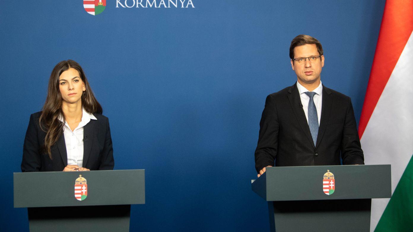 Döntött a Kormány: két hétre lezár az ország