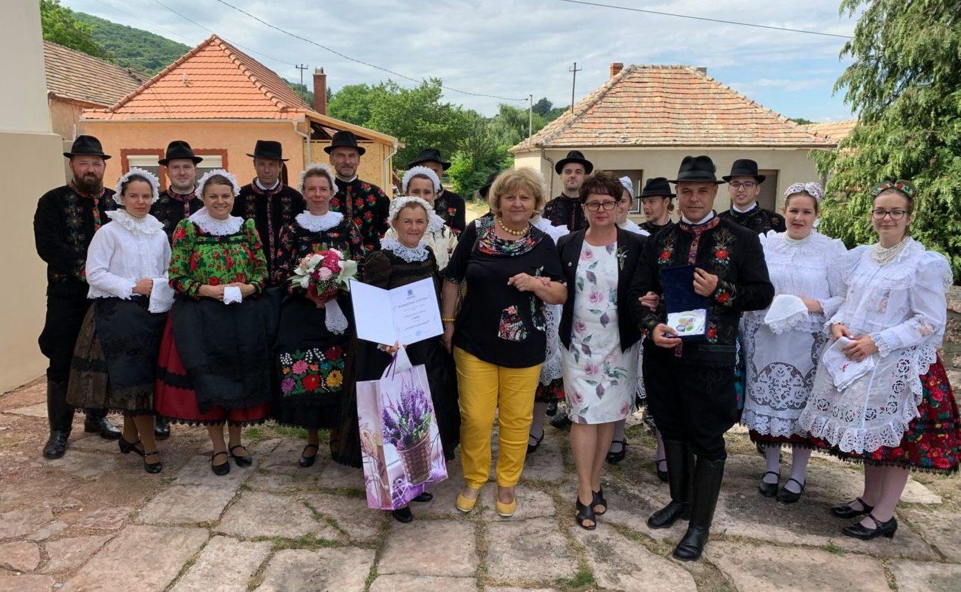Országos kitüntetést kapott a kiskőrösi Szivárvány Szlovák Táncegyüttes