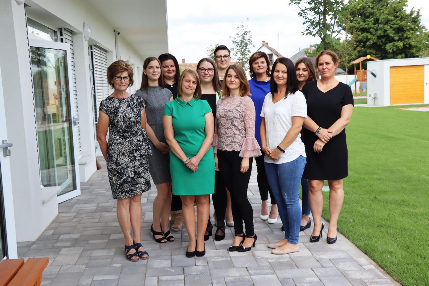 Tanévnyitó értekezlet a Kiskőrösi Óvodáknál — bemutatkoztak az új óvodapedagógusok, dajkák is